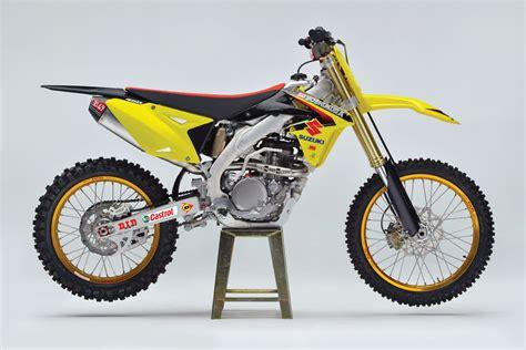 Suzuki Motorcycles Dirt Bikes Suzuki Set For Dirt Bike Show Suzuki Bulletinsuzuki Bulletin