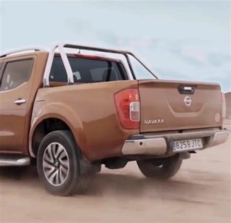 2017 Nissan Navara Off Road Capabilities Video Dpccars