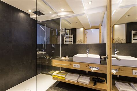 badmöbel holz modern badm 246 bel holz modern gispatcher