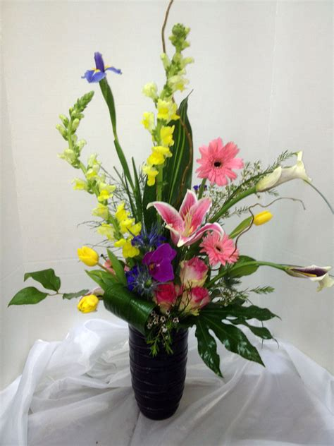 Flower Arrangements In A Vase choys flowers hendersonville nc florist vase floral arrangement
