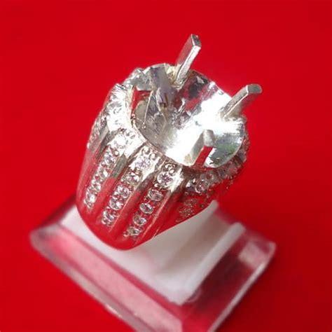 Dijamin Senter Batu Cincin Model Pulpen Silver model cincin perak kode 112 mistik center