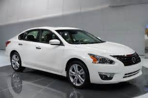 How Much Is A Nissan Altima 2013 2013 Nissan Altima Is Ready For The Midsize Sedan Showdown