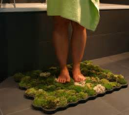 Green bathroom rug a mat made from real moss
