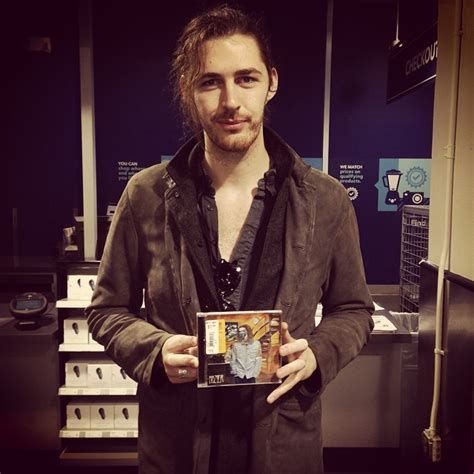 Hozier Q And A | hozier shows off his witty side during hilarious q a vip