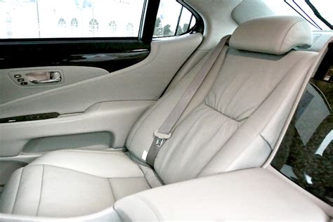 Lexus Ls 460 Reclining Back Seat by File Rear Seat 2008 Ls 600h L Jpg Wikimedia Commons
