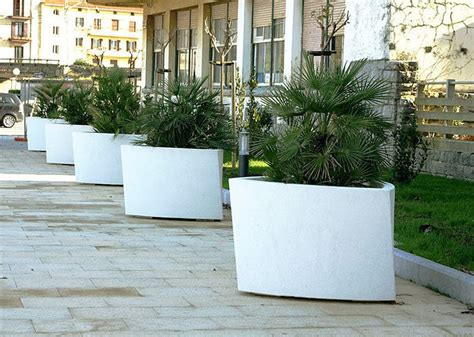 Big White Planters 10 Space Planter Requirements Award Winning