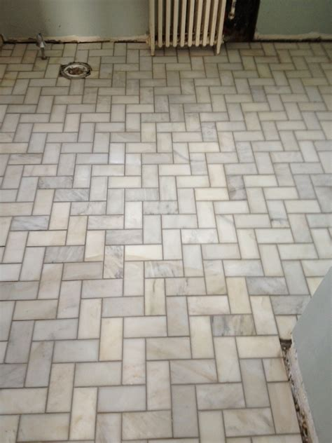 bathroom floor tile layout interior contempo brown herringbone tile layout design