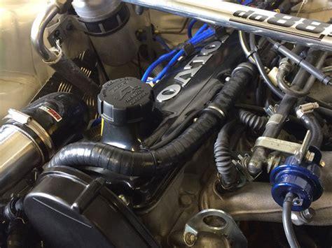 volvo  petrol turbo   crankcase breather hose