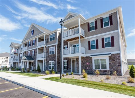 three story building rivers pointe apartments rentals liverpool ny