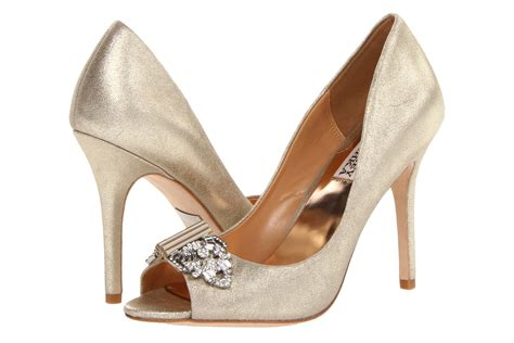 gold wedding shoes glamorous gold wedding shoes badgley mischka davida 2