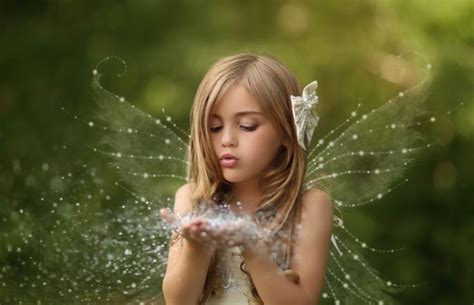 wallpaper girl little little fairy girl magic wallpaper dreamlovewallpapers