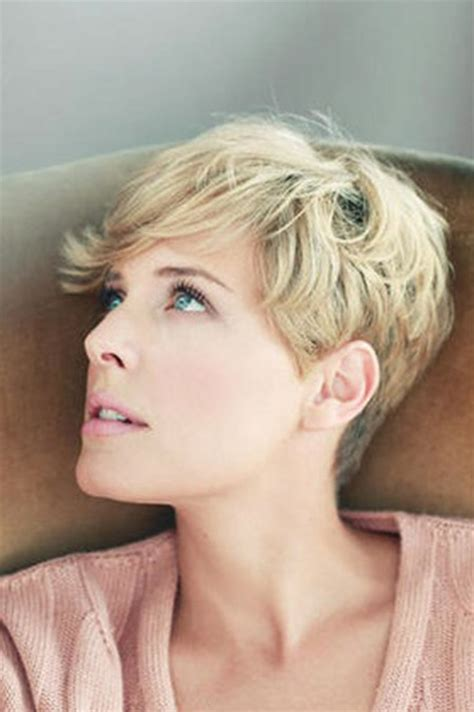 pixie cut with waves best trendy short haircuts for 2013 short hairstyles