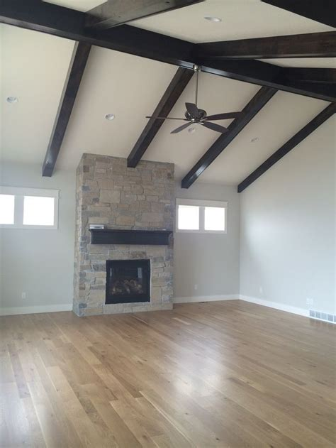 Faux Beams Highlight The Vaulted Ceiling The Beams And False Ceiling Beams