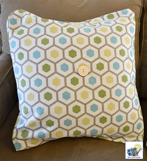 Sew Envelope Pillow by Diy Envelope Pillow Covers Momhomeguide