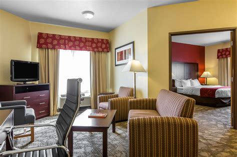 comfort inn suites palm desert comfort suites palm desert i 10 2017 room prices deals