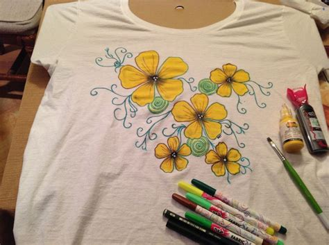 Decorating T Shirts With Fabric Markers by 9 Best Images About Tshirts On Valentines