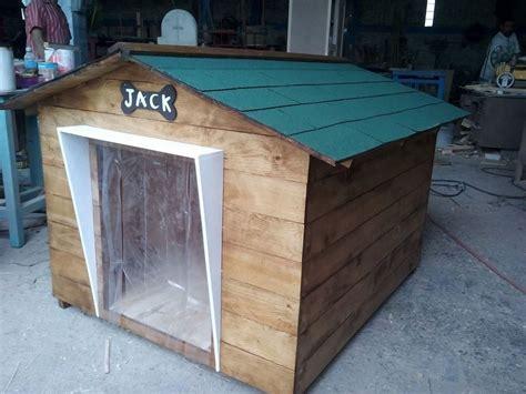 casas de madera para perros casa para perro de madera tipo snoopy no 8 techo vs