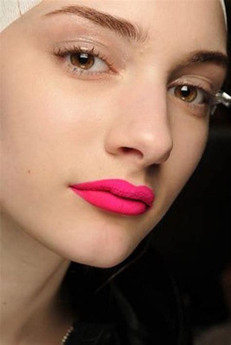 neon pink matte lipstick everyday in a filled world summer 2013