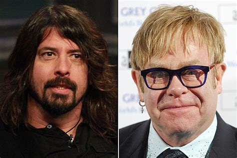 elton john queens of the stone age song dave grohl reveals elton john guests on new queens of the