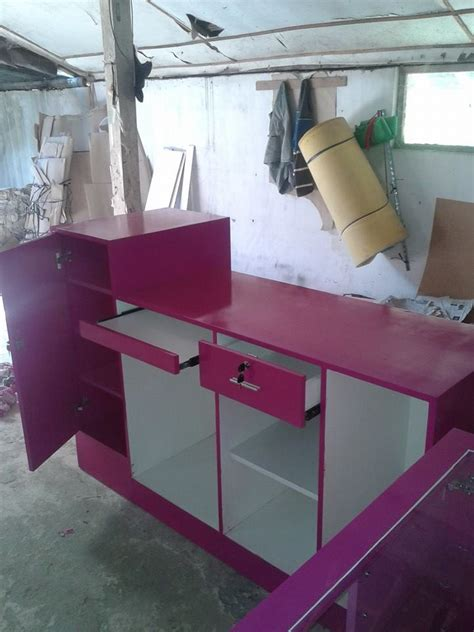 interior design specialist meja kasir meja kasir pink
