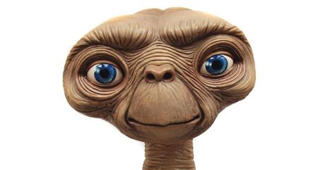 e t figure et the extraterrestrial lifesize replica limited edition