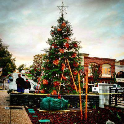 historic folsom christmas tree lighting ceremony presented