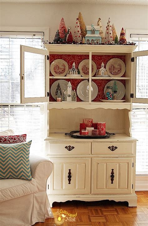 china cabinet decorating ideas christmas china cabinet decorating