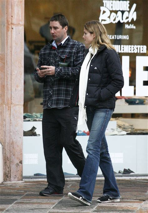 luke wilson wife luke wilson girlfriend shopping in malibu zimbio