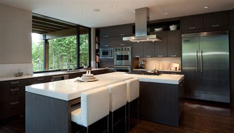 House Kitchen Design Luxury House With A Modern Contemporary Interior Digsdigs