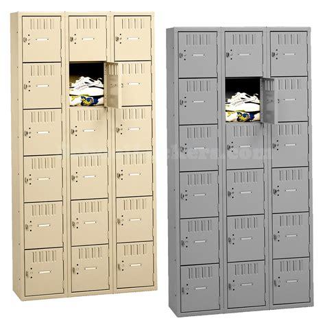 Lemari Loker Tennsco Six Tier Metal Box Lockers 18