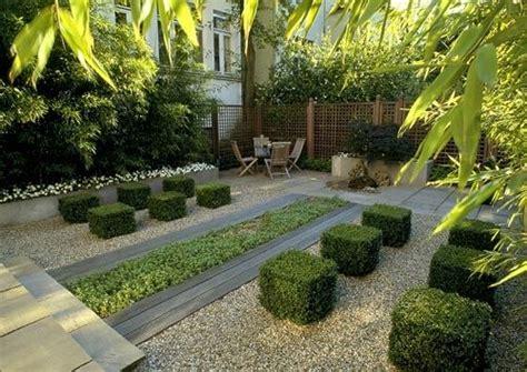 Kies Steine Für Garten 902 by Modern Und Einladend Kies Buchsbaum In W 252 Rfeln