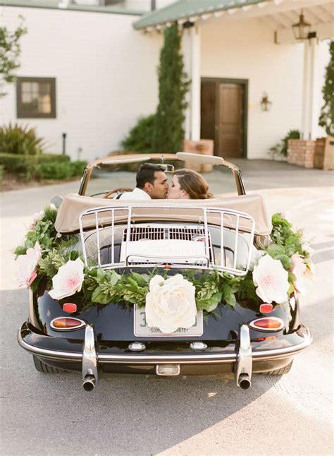 decorazioni con fiori 20 idee con i fiori di carta per il vostro matrimonio