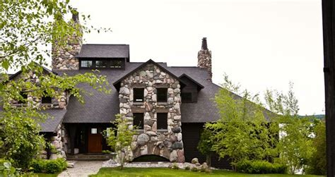 Stone house in northern Michigan is perfect for   the