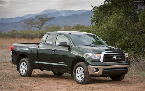toyota tundra 2010 toyota tundra widescreen car wallpapers 02 of