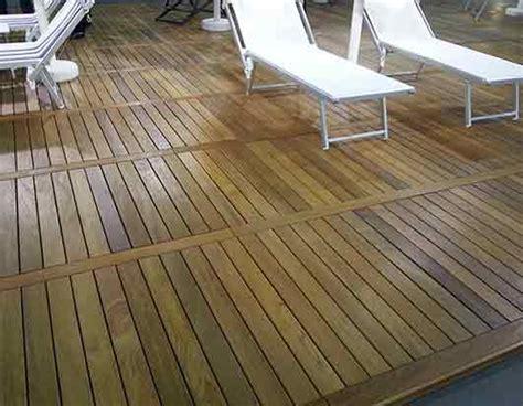 pedana di legno pedane legno disponibili in legnotec legno composito e