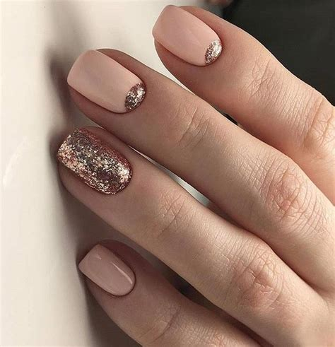 Modele Nail by Glittery Nail Design Nails Glittery