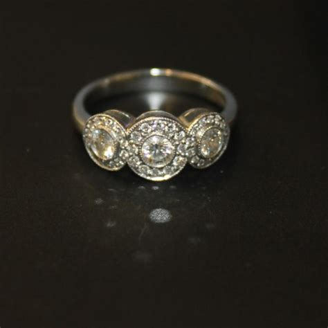 tiffany  circlet platinum diamond wedding engagement