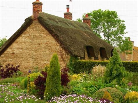 the cozy charm of english cottages sheri martin interiors english cottage photos