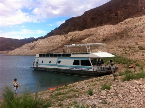 houseboats lake mead an experts first houseboating experience on lake mead