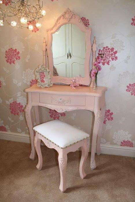 Pink Vanity Table 25 Best Ideas About Pink Vanity On Vanity Table Antique Vanity Table And
