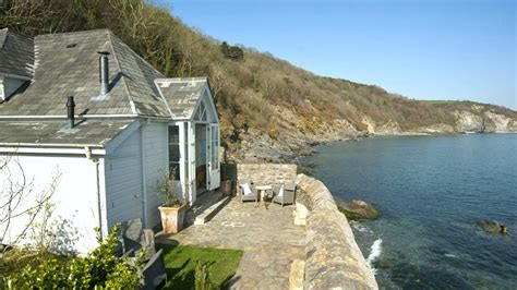Rent A Cottage By The Sea by Boutique Retreats Approach To Luxury Cottages In Cornwall