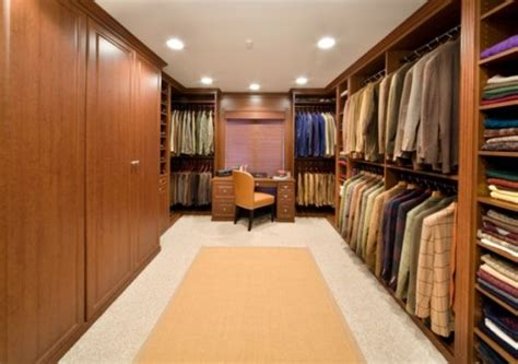 Big Walk In Closets by 25 Interesting Design Ideas And Advantages Of Walk In Closets