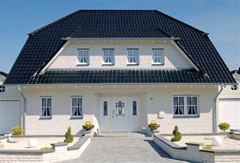 Hausecken Verkleiden by Kalksandstein Als Fassadenverkleidung Ist Hell Modern Und