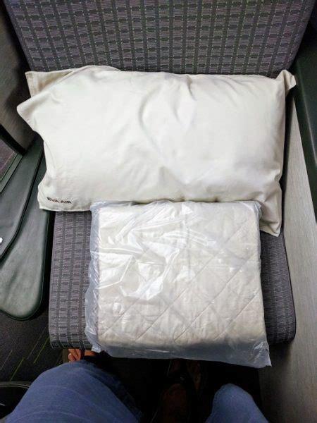 review air business class taipei to new york jfk no home just roam