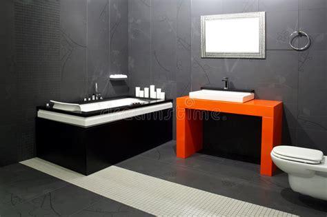 schwarzes badezimmer schwarzes badezimmer lizenzfreie stockfotos bild 5649348