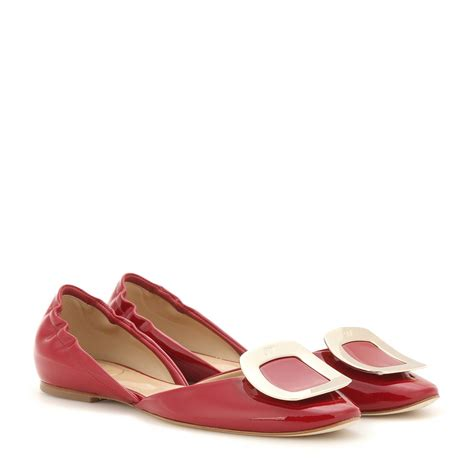 roger vivier flat shoes lyst roger vivier chips patent leather ballet flats in
