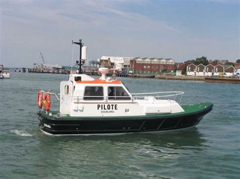 pilot boats for sale singapore new seaward 29ft harbour launch and harbour pilot boat for