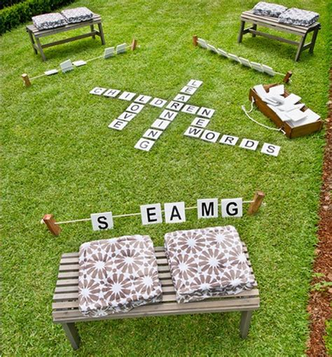 diy backyard scrabble 21 outrageously fun diy projects for your backyard