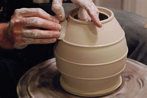 throwing a pot such control envy throwing clay on a wheel pottery