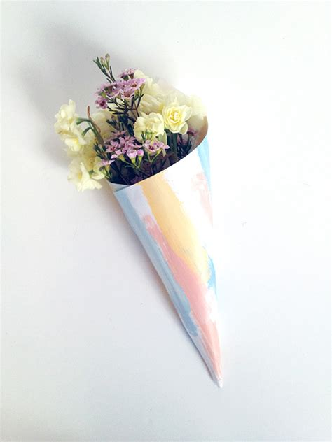 How To Make Paper Cones For Flowers - diy painted flower cones by make and tell simply peachy